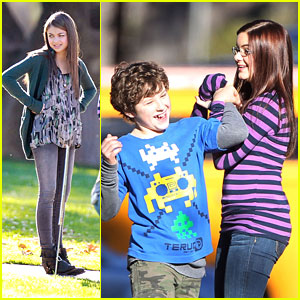 Sarah Hyland: 'Modern Family' Fun with Ariel Winter & Nolan Gould