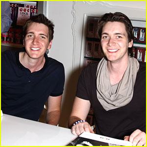 James & Oliver Phelps: Vegas Birthday Bash!