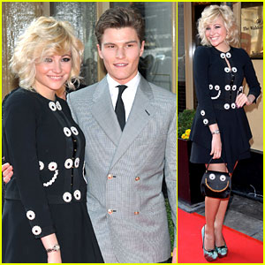 Pixie Lott & Oliver Cheshire: Tesco Mum of the Year 2012