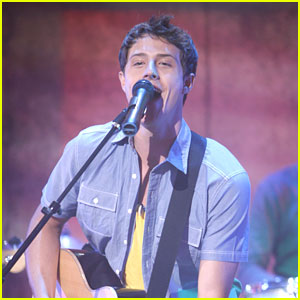 Shane Harper Gets 'So Random!'
