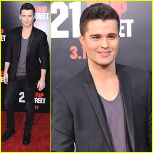 Spencer Boldman Premieres '21 Jump Street'