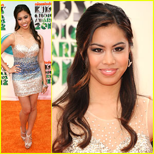 Ashley Argota: Kids Choice Awards 2012 with Bucket & Skinner Cast