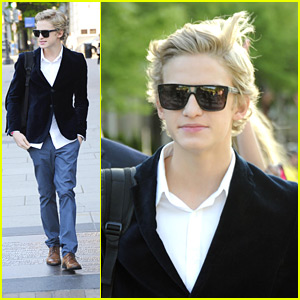 Cody Simpson 'Rolls' Into The White House
