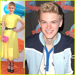 Kenton Duty Takes Over Times Square & Caroline Sunshine at the KCAs!