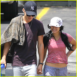 Vanessa Hudgens &#038; Austin Butler: Aroma Cafe Couple