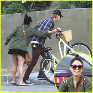 Vanessa Hudgens: Bike Ride with Austin Butler