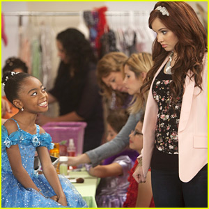 Debby Ryan &#038; Skai Jackson: Big Apple Beauty Pageant