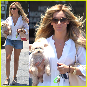 Ashley Tisdale: Nail Salon with Maui!