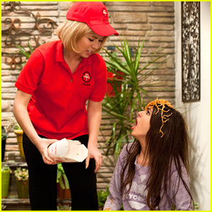 Jennette McCurdy is 'Crazy Ponnie' on 'Victorious'