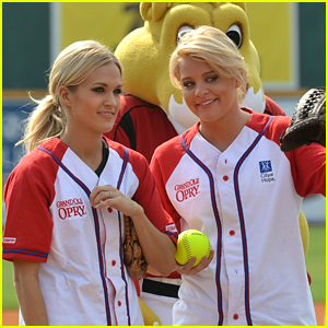 Lauren Alaina: City of Hope Softball Player