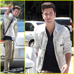Logan Henderson: Los Angeles Driver!