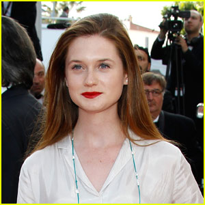 Bonnie Wright Joins Twitter!