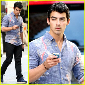 Joe Jonas: Instagram Lover!