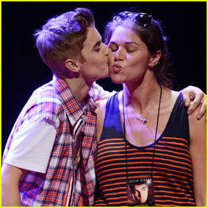 Justin Bieber: Press Conference Birthday Kiss