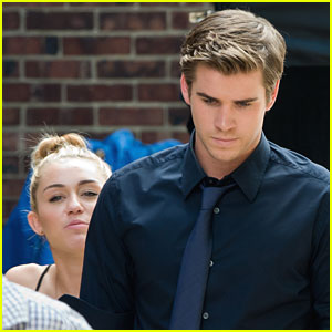 Miley Cyrus &#038; Liam Hemsworth: 'Paranoia' Pair