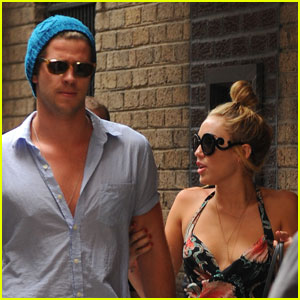 Miley Cyrus &#038; Liam Hemsworth: Philadelphia Twosome
