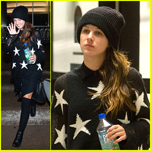 Shenae Grimes Sees Stars at LAX