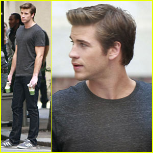 Liam Hemsworth: 'Paranoia' Coffee Break