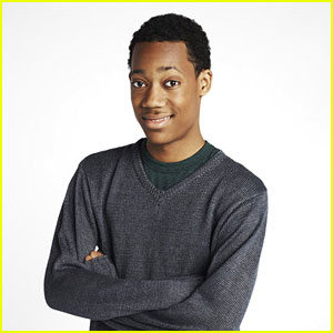 Tyler James Williams: 'Go On' Promo Pics!