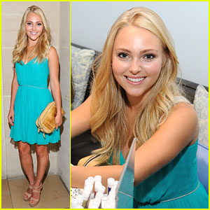 AnnaSophia Robb: Fekkai Mademoiselle For Fashion's Night Out