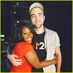 Robert Pattinson: Stand Up 2 Cancer!