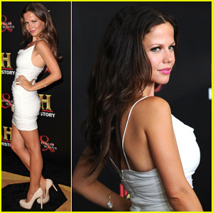 Tammin Sursok's Pretty Little Pre-Emmy Party Arrival