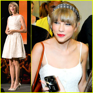 Taylor Swift: Canadian Country Music Association Awards