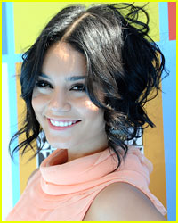 Vanessa Hudgens Warns Young Fans About 'Spring Breakers'