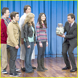 iCarly Shocks America; Premieres October 6th!
