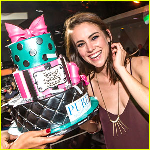 Jessica Stroup: Pure Birthday Party!