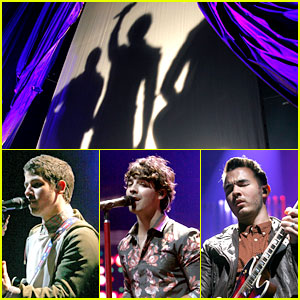 Jonas Brothers Debut New Songs at Radio City Music Hall!