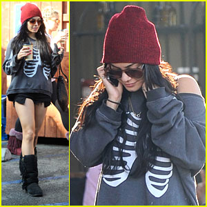 Vanessa Hudgens: Skeleton Sweater for Halloween!