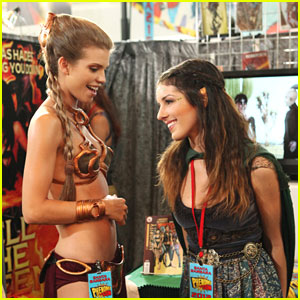 AnnaLynne McCord &#038; Shenae Grimes: 'Phenomi-Con' on '90210'