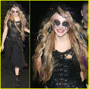 Chloe Moretz: Witch for Halloween in London!
