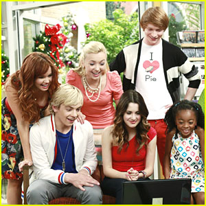Disney Channel Holiday Episode Sneak Peeks!
