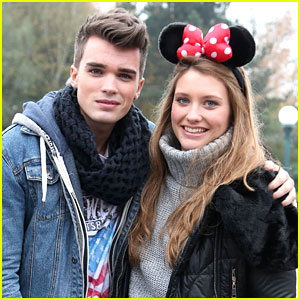 Ella Henderson: Disneyland Paris with Union J!