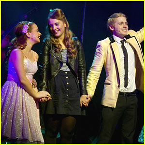 Ella Henderson: On Stage For 'Dreamboats & Petticoats'