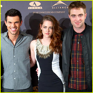 Kristen Stewart: 'Breaking Dawn' Madrid Photo Call with Robert Pattinson &#038; Taylor Lautner!