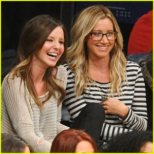 Ashley Tisdale: Lakers Game with Samantha Droke!