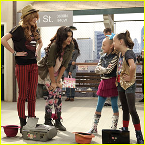 Zendaya &#038; Bella Thorne: DJ's Mix Guest Star on 'Shake It Up'