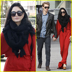 Vanessa Hudgens & Austin Butler: Sunday Church Couple!