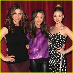 Alexandra Chando & Allie Gonino: Bands For Beds Benefit