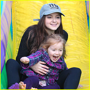 Ariel Winter: Sunday Slide with Niece Skylar