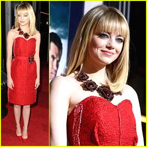 Emma Stone Stuns at 'Gangster Squad' Premiere
