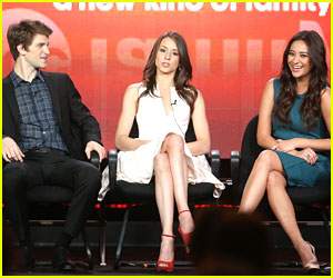 Troian Bellisario & Shay Mitchell: 'Pretty Little Liars' TC