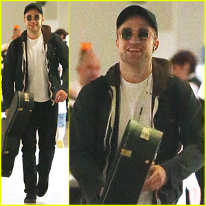 Robert Pattinson: Melbourne Departure