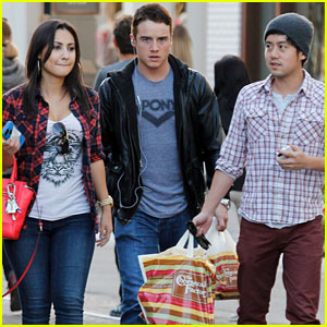 Francia Raisa & Allen Evangelista: Cheesecake Factory with Brando Eaton