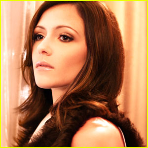 Italia Ricci: JJJ Portrait Session Preview!