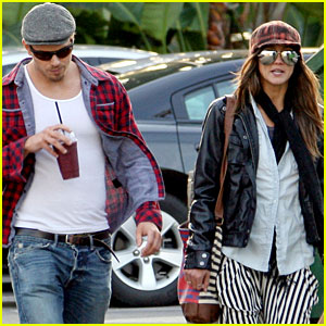 Kellan Lutz & Sharni Vinson: Smoothie Couple