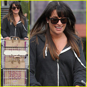 Lea Michele: Grocery Shopping Gal!